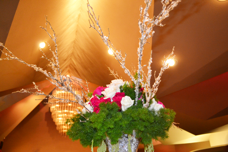 working women of tampa bay, Rose centerpiece, winter center piece, re rose centerpiece